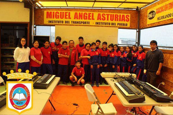 IST Miguel Angel Asturias Sede Retablo